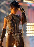 Rihanna 06.jpg