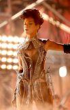 Rihanna 12.jpg